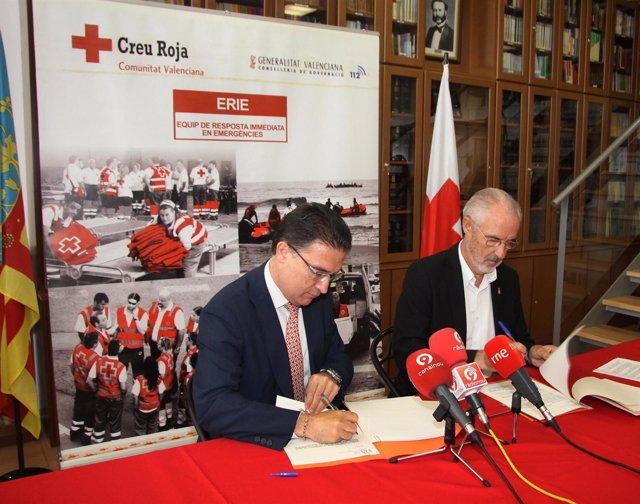 Serafín castellano y Fernando del Rosario renuevan un convenio de cooperación