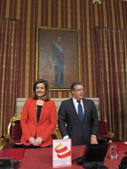 La ministra de Empleo, Fátima Báñez, y el alcalde de Sevilla, Juan Ignacio Zoido
