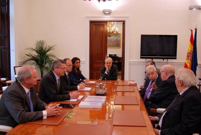 Gallardón recibe la propuesta del nuevo Cógido Mercantil en el ministerio