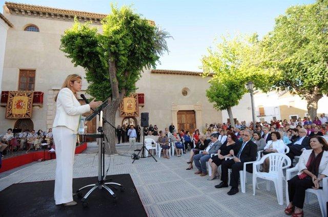 Susana Díaz en la inauguración del teatro en Huéscar
