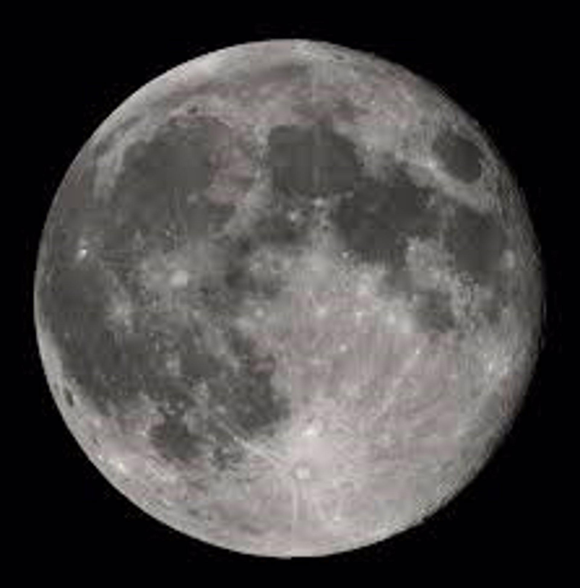 La NASA desvela la metamorfosis del hielo lunar
