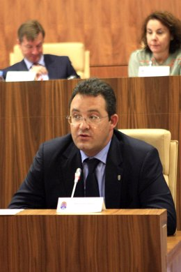 El alcalde, este jueves, durante su intervención en el debate