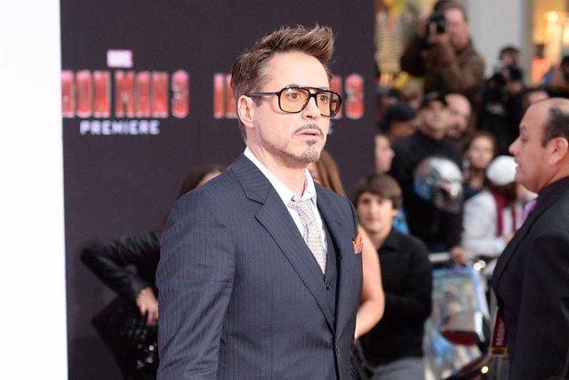 Robert Downey Jr. Estará en Los Vengadores 2 y 3