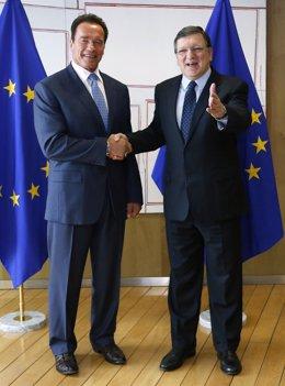 Durao Barroso con Schawzenegger