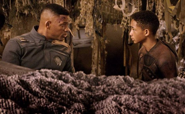 Will Smith y Jaden Smith en After Earth