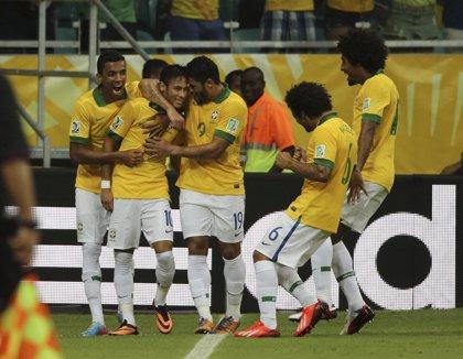 Brasil y Uruguay se enfrentan por un puesto en la final