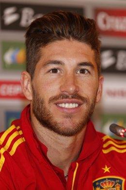 Sergio Ramos en rueda de prensa con la selección española