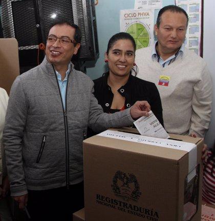 Colombia.- Alcalde de Bogotá pide convocar elecciones para que el pueblo decida si debe quedarse