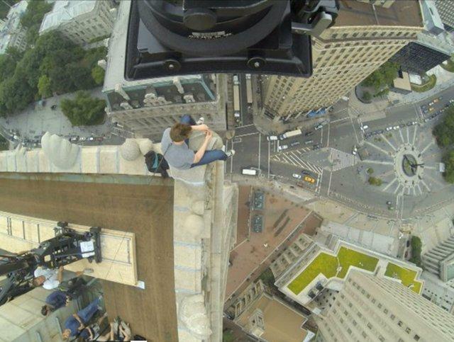 Andrew Garfield en el rodaje de 'The Amazing Spider-Man 2'