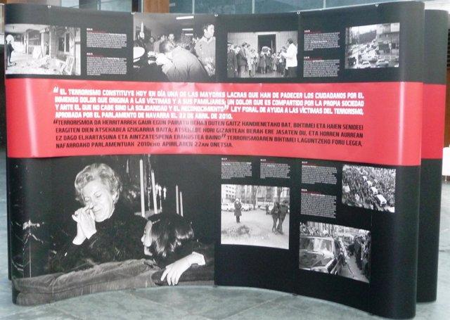 Exposición en recuerdo a las víctimas de ETA en el Parlamento.