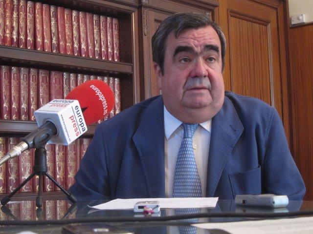 El presidente de la Audiencia de Córdoba, Eduardo Baena
