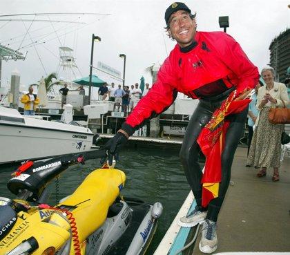 Deportista español hará travesía marítima Rusia-Panamá a bordo de moto acuática