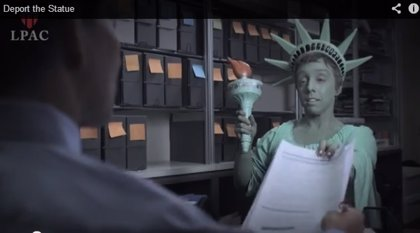 Organización derechos humanos parodia en vídeo deportación Estatua de la Libertad