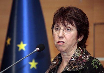 Ashton telefonea a Kerry para pedirle explicaciones sobre supuesto espionaje a sedes de la UE
