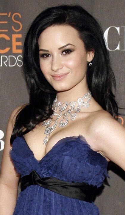 """Demi Lovato revela que """"era suicida a los 7 años"""""""