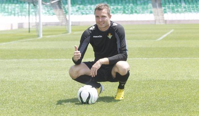 """Andersen: """"Estoy muy contento de llegar a un club grande como el Betis"""""""