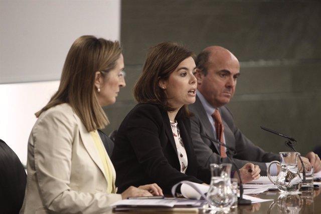 Santamaría, Guindos y Pastor tras el Consejo de Ministros