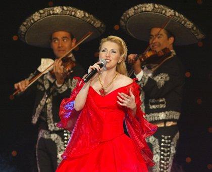 Alicia Villarreal vuelve a los escenarios