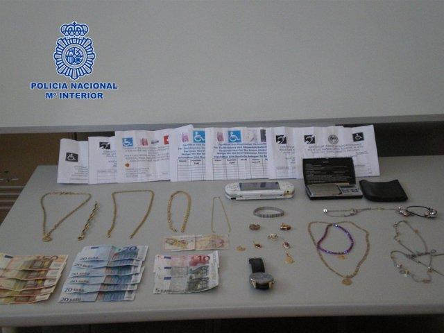 Efectos recuperados por la Policía Nacional en Elche