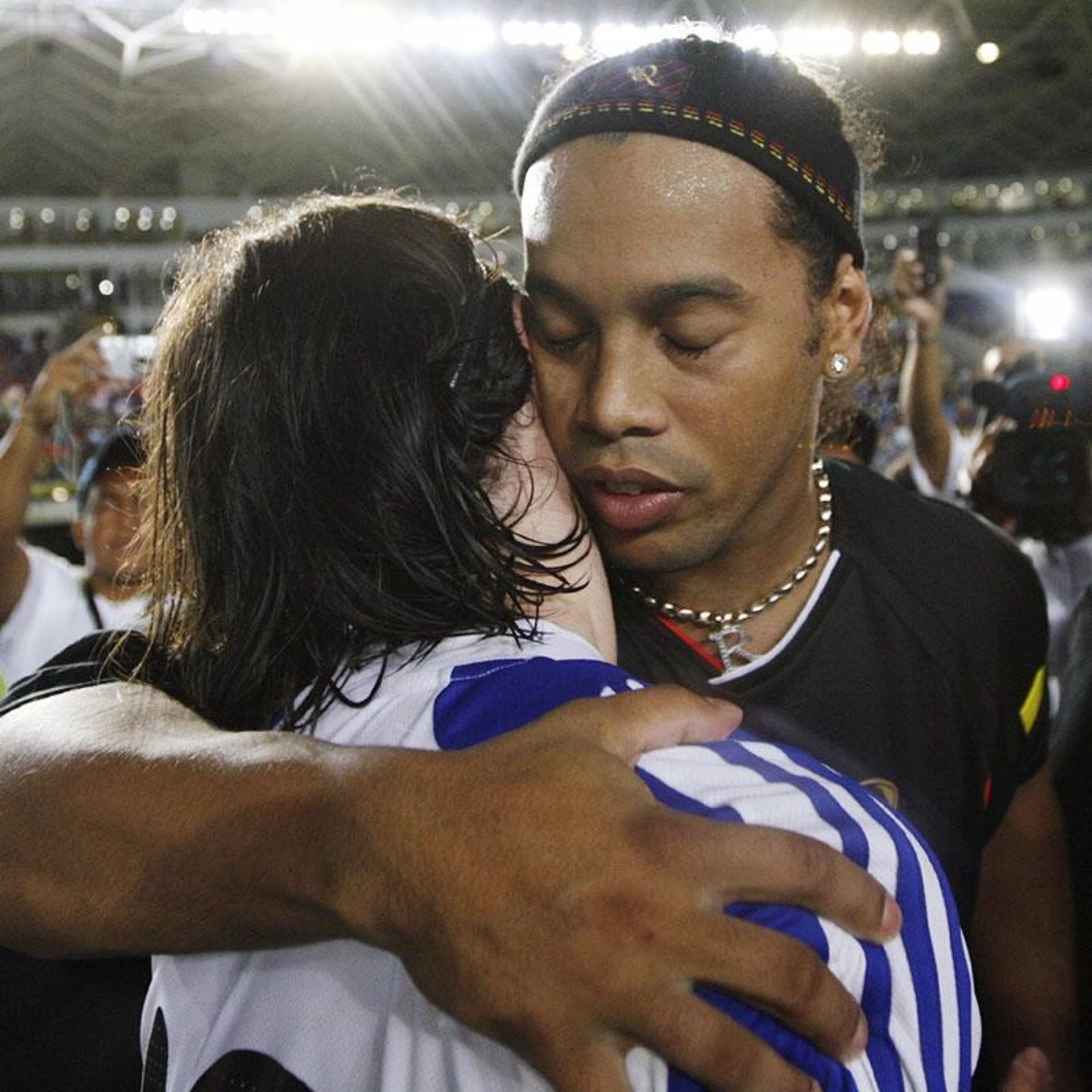 "Messi: ""Ronaldinho fue el culpable del cambio del Barça"""