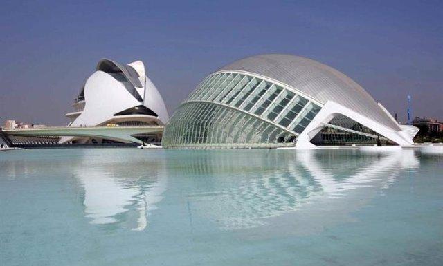 La Ciudad de las Artes, uno de los atractivos de Valencia