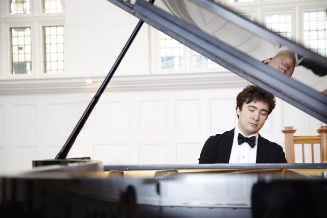 El pianista Samson Tsoy