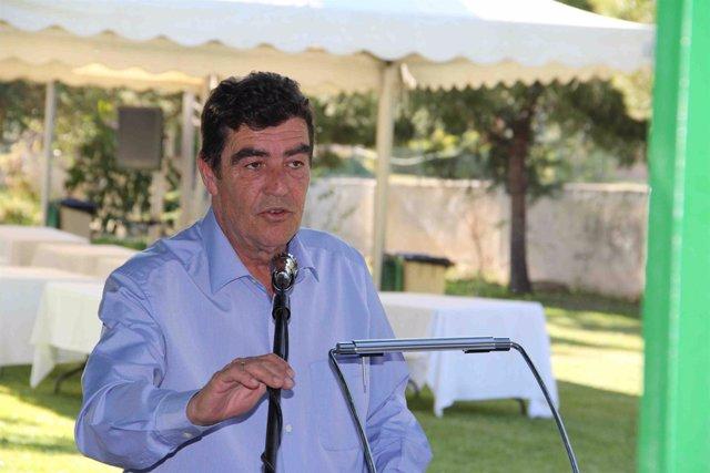 Emilio Calatayud juez en una conferencia