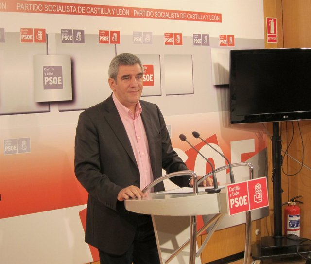 El secretario general del PSCyL, Julio Villarrubia
