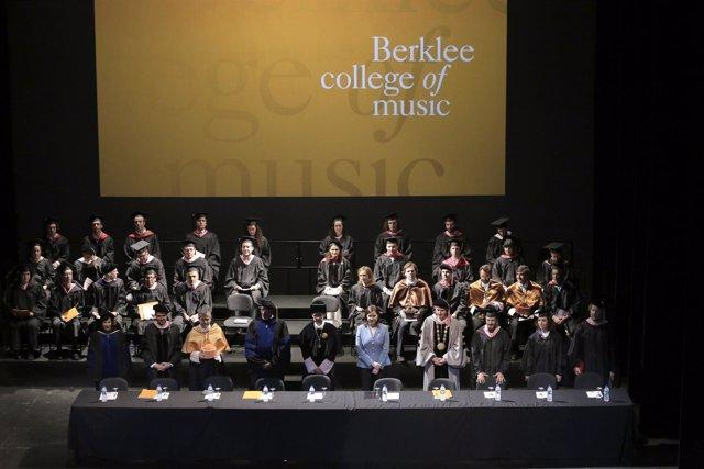 Acto de graduación de la primera promoción del campus Berklee Valencia
