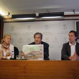 Coto, Cascos y Longo en la Junta General