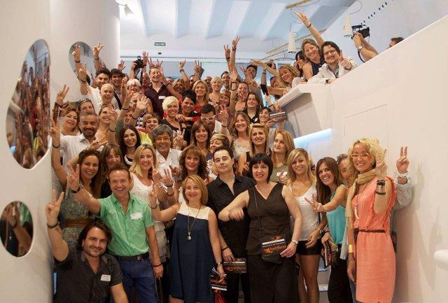 Raffel Pagès se reúne con un centenar de 'hairfaces' en Barcelona