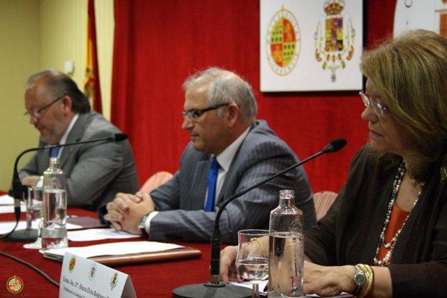 Elvira Rodríguez inaugura los cursos de verano Intendente Olavide