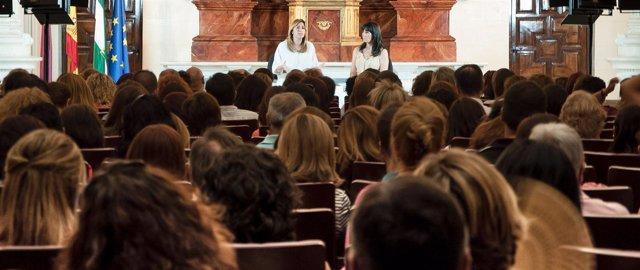 Susana Díaz y Micaela Navarro en un encuentro de mujeres en Jaén
