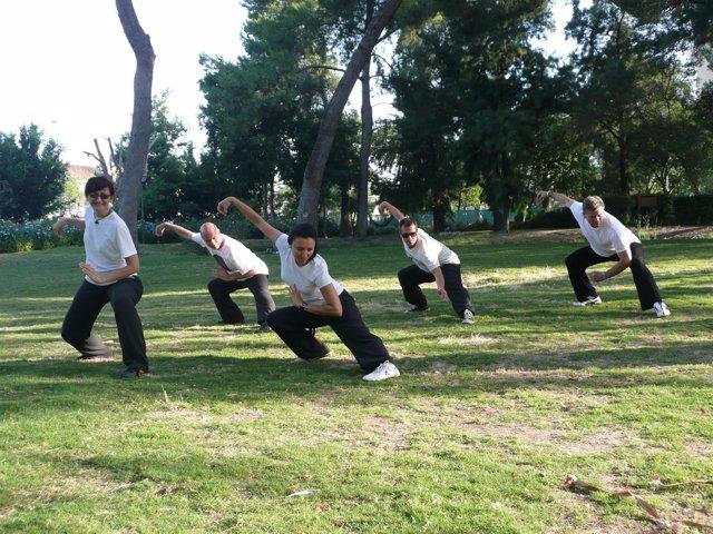 Practicando Tai-Chi