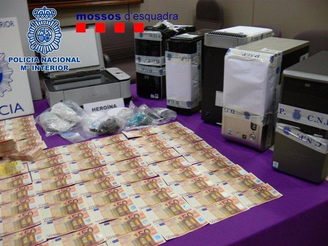 Billetes intervenidos en la operación a la banda de falsificadores