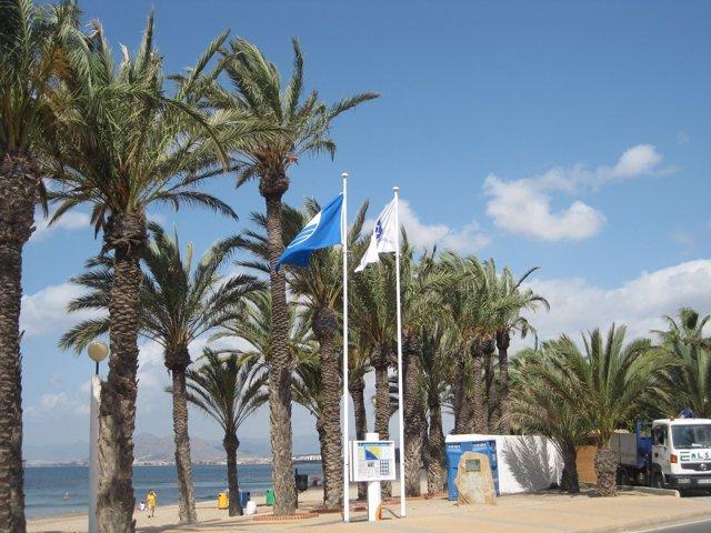 La Playa De San Ginés, En La Azohía
