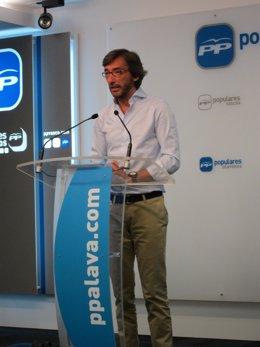 El secretario general el pp vasco, Iñaki Oyarzabal