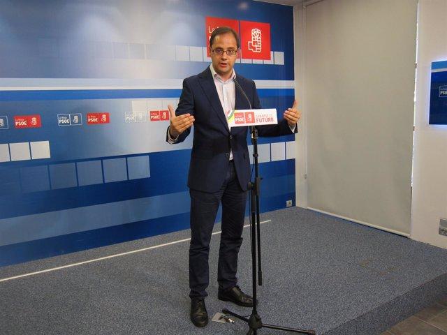 César Luena explica la decisión de los socialista riojanos