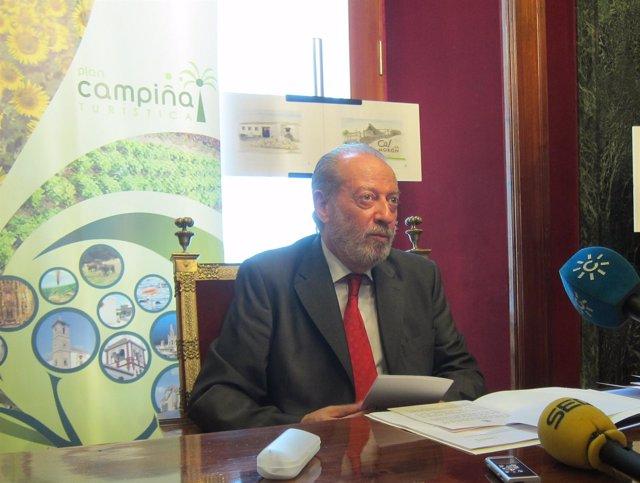 Presidente de la Diputación de Sevilla, Fernando Rodriguez Villalobos