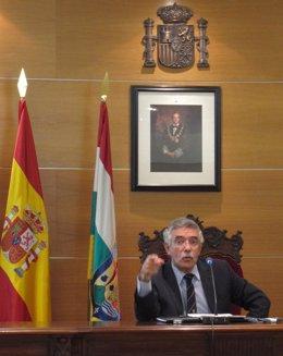 Ignacio Espinosa, en la presentación de la memoria judicial