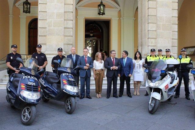 Zoido y Panadero presentan el Programa Integral de Seguridad para el Turismo