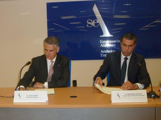 Secretario de la patronal alavesa SEA, Juan Ugarte juanto a Fernando Raposo