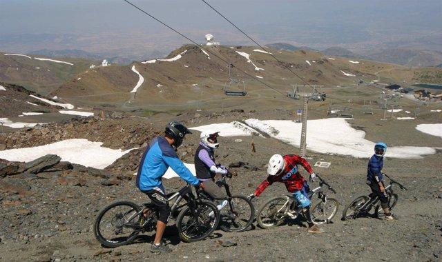 La apertura del circuito del Veleta completa el Sierra Nevada Bikepark