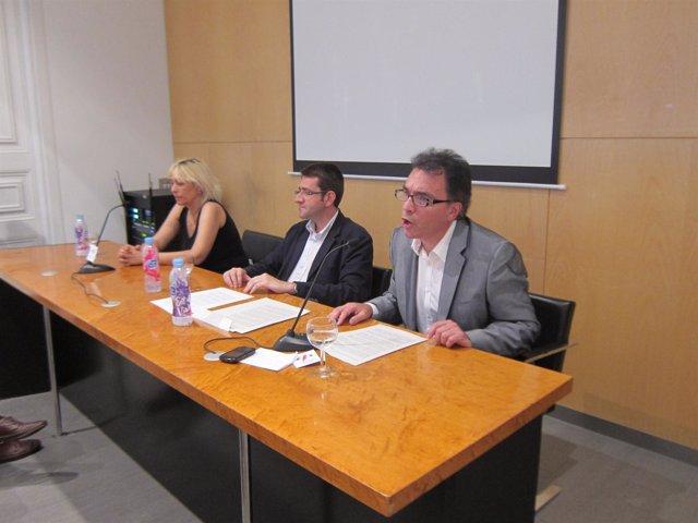 C.Teixidó (Ara o Mai), J.M.Vall (Fundació P.Macià) y S.Espot (Catalunya Acció)