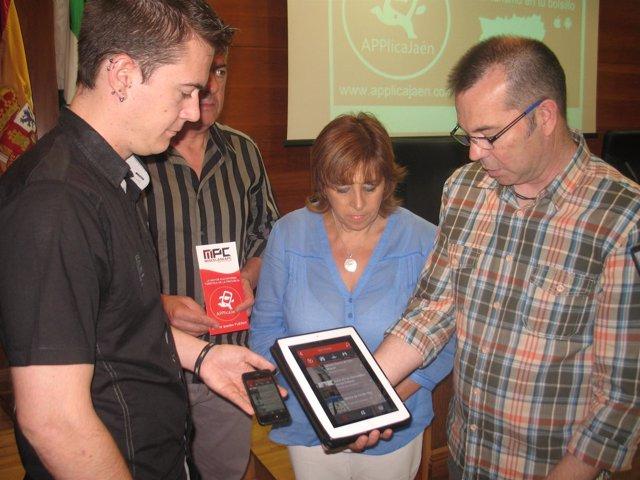 Purificación Gálvez asiste a la presentación de la aplicación móvil
