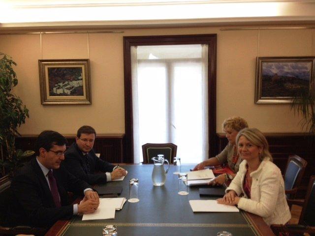 Nuria Riera reunión en Madrid