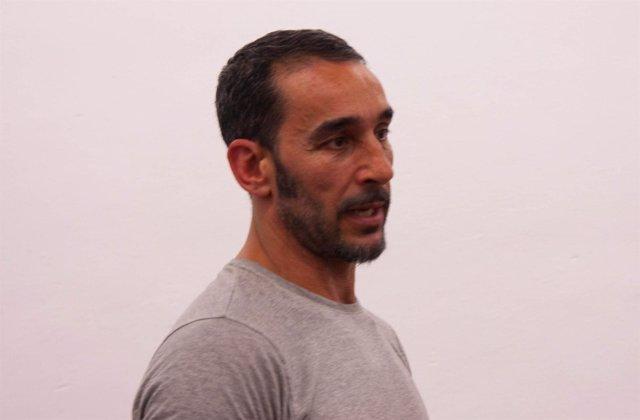 El maquillador Manuel Cecilio Portillo, en un curso de la UPO
