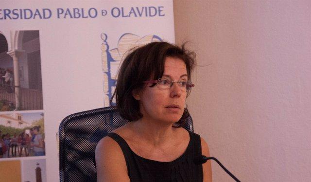María Jesús Fernández, durante los cursos de la UPO
