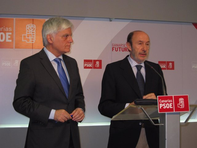 Pérez y Rubalcaba, en rueda de prensa