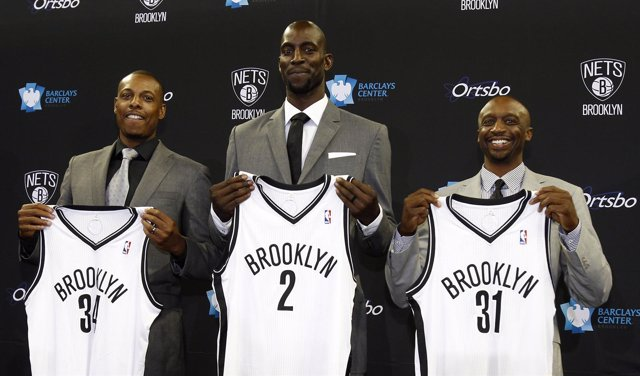 Paul Pierce, Kevin Garnett y Jason Terry, presentados con los Brooklyn Nets